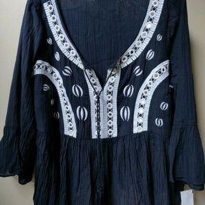 crown & ivy Tops - NEW CROWN & IVY Babydoll Embroidered Top Navy 3X